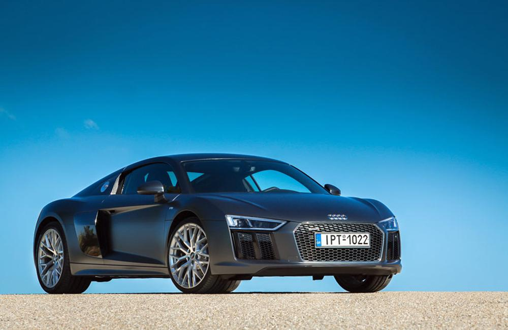 R8_1_1big Οδηγήσαμε στην Αττική το νέο Audi R8: Η εμπειρία σε όλο της το μεγαλείο...