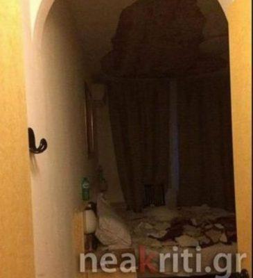 arheio_lipsis_1_13-365x400 Έλληνες μαθητές πήγαν εκδρομή στην Ιταλία και τους έπεσε η οροφή στο κεφάλι [εικόνες]