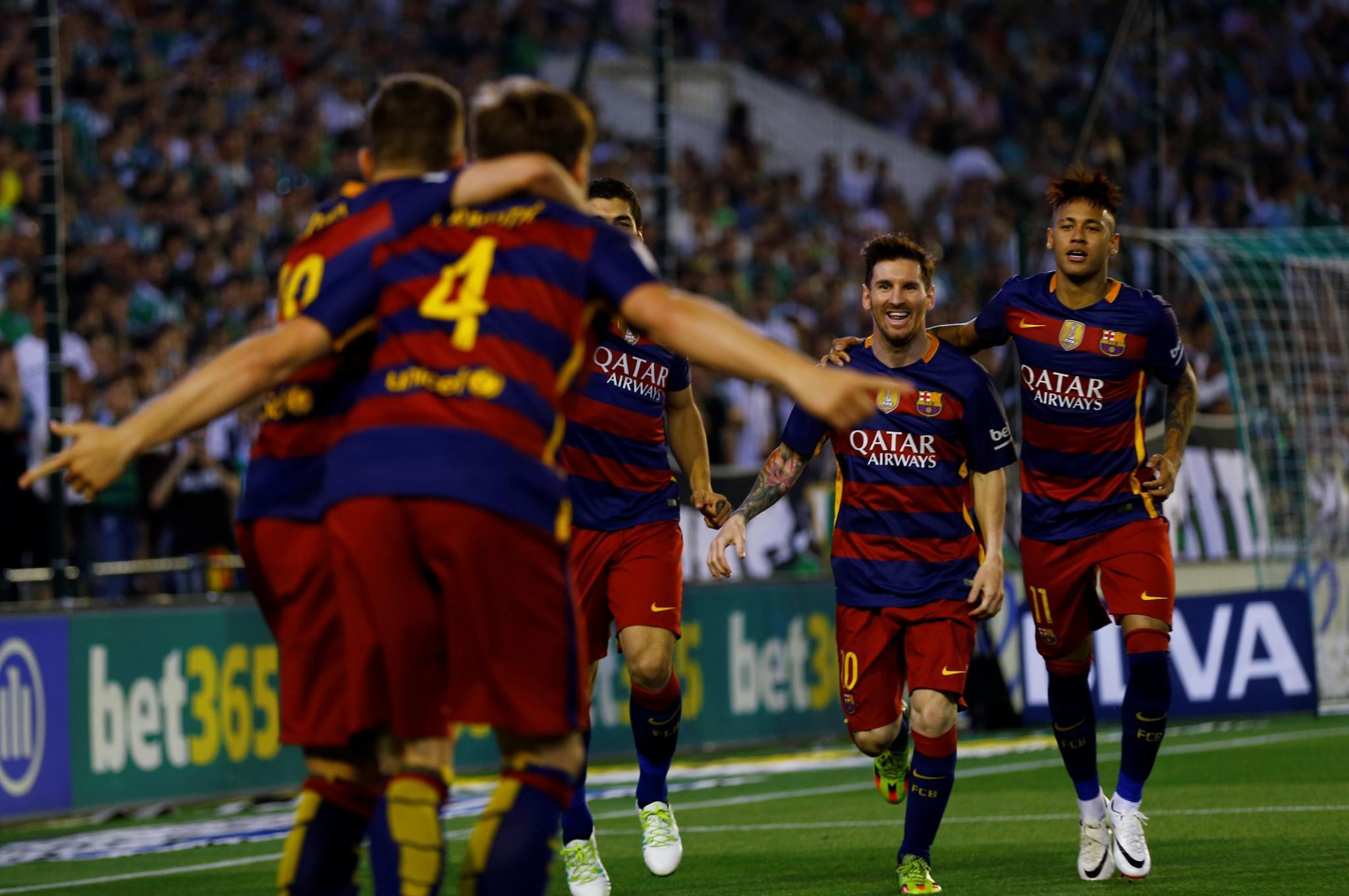 barcelona2-1000 Η μάχη στην κορυφή της Primera Division καλά κρατεί