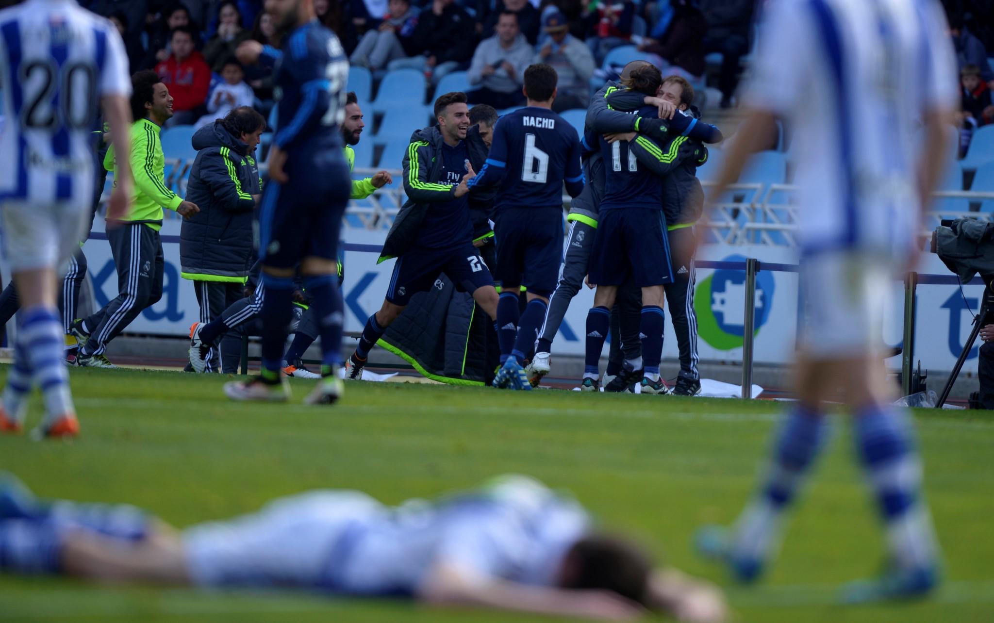 real-madrid-1000 Η μάχη στην κορυφή της Primera Division καλά κρατεί
