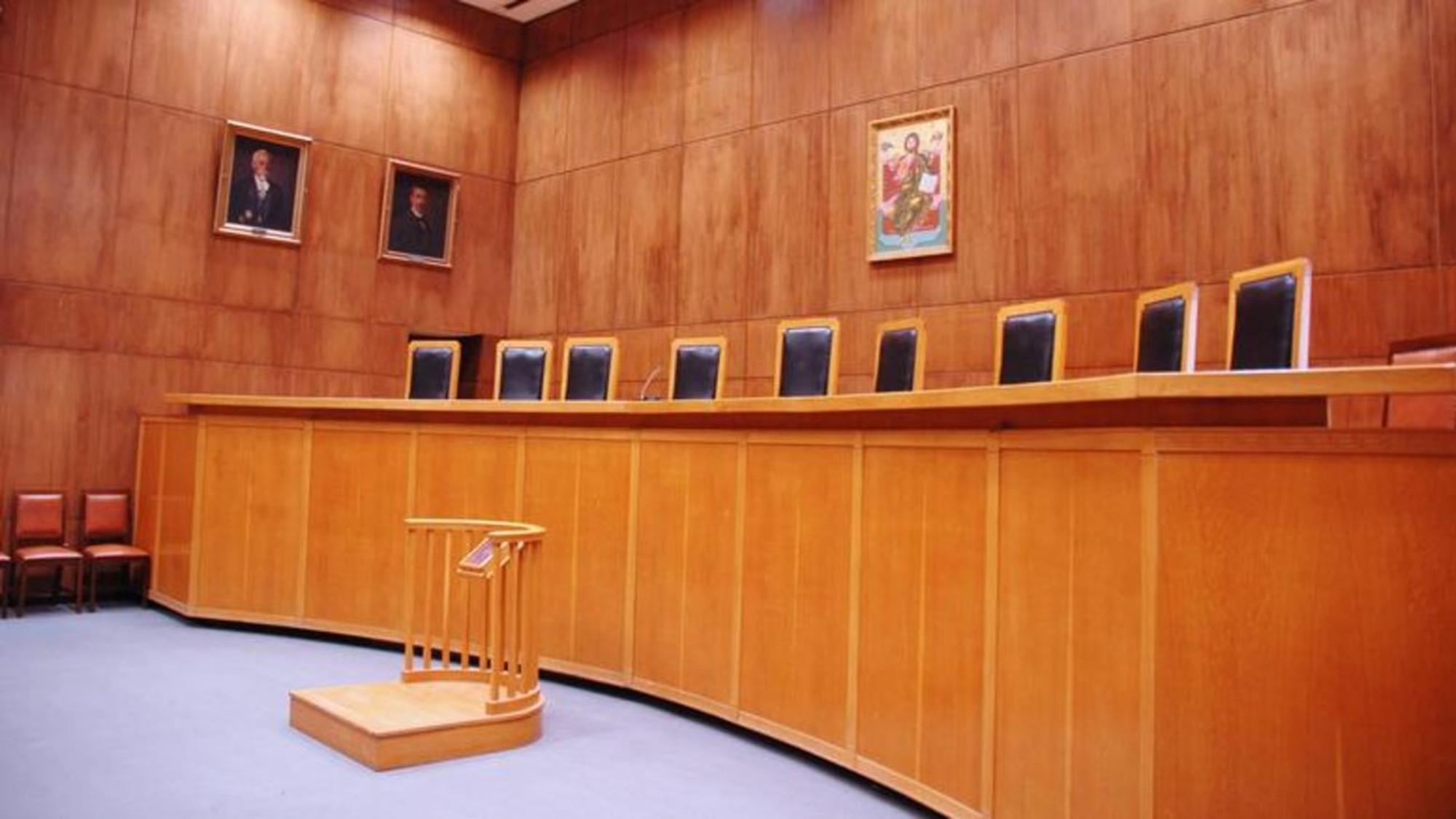 ΕΣΠΑ: Ενισχύσεις 500 ευρώ έως 2.000 ευρώ σε δικηγόρους