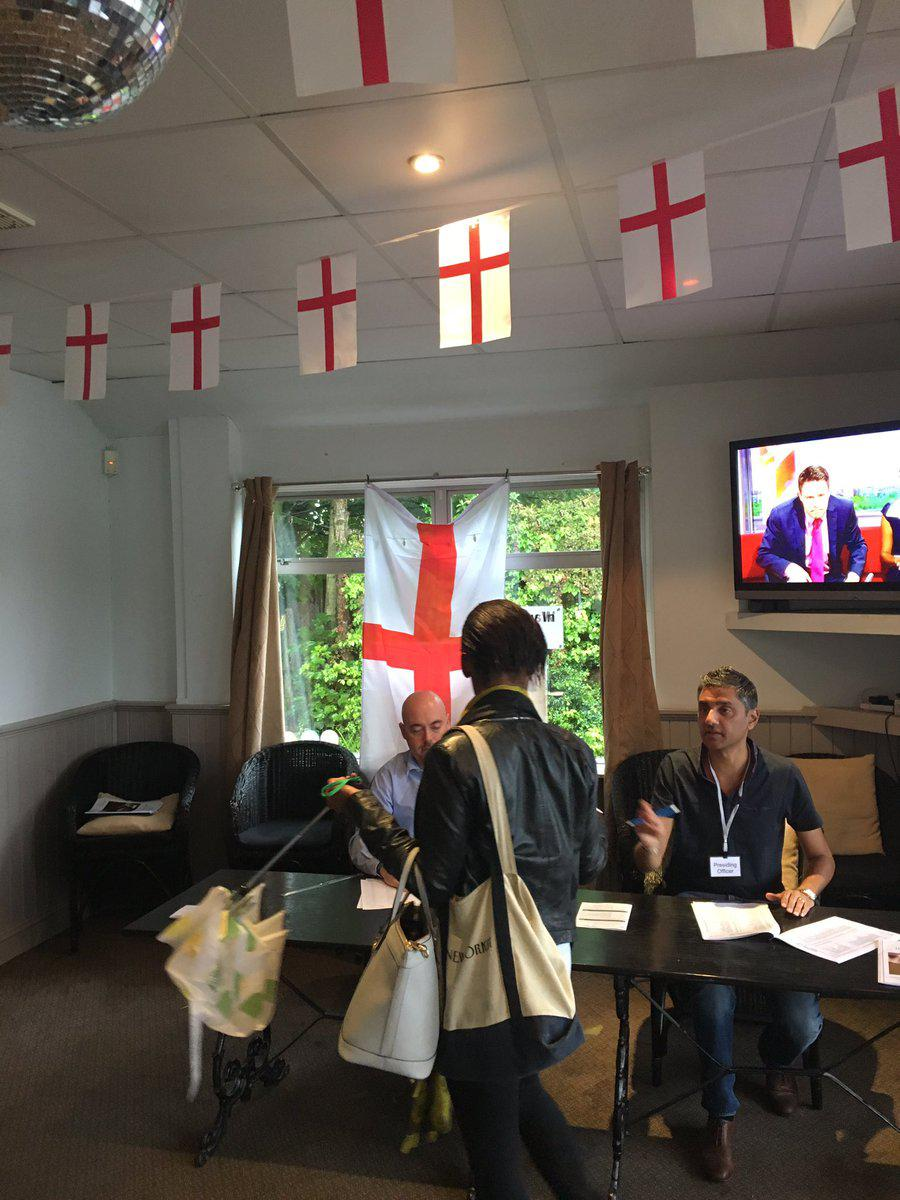 st_george_flags