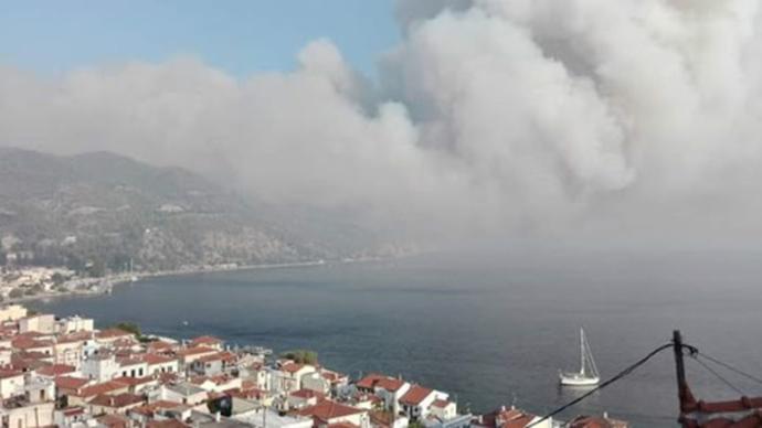 evia3-1000 Πύρινη «κόλαση» στη βόρεια Εύβοια - Εκκενώνονται οικισμοί