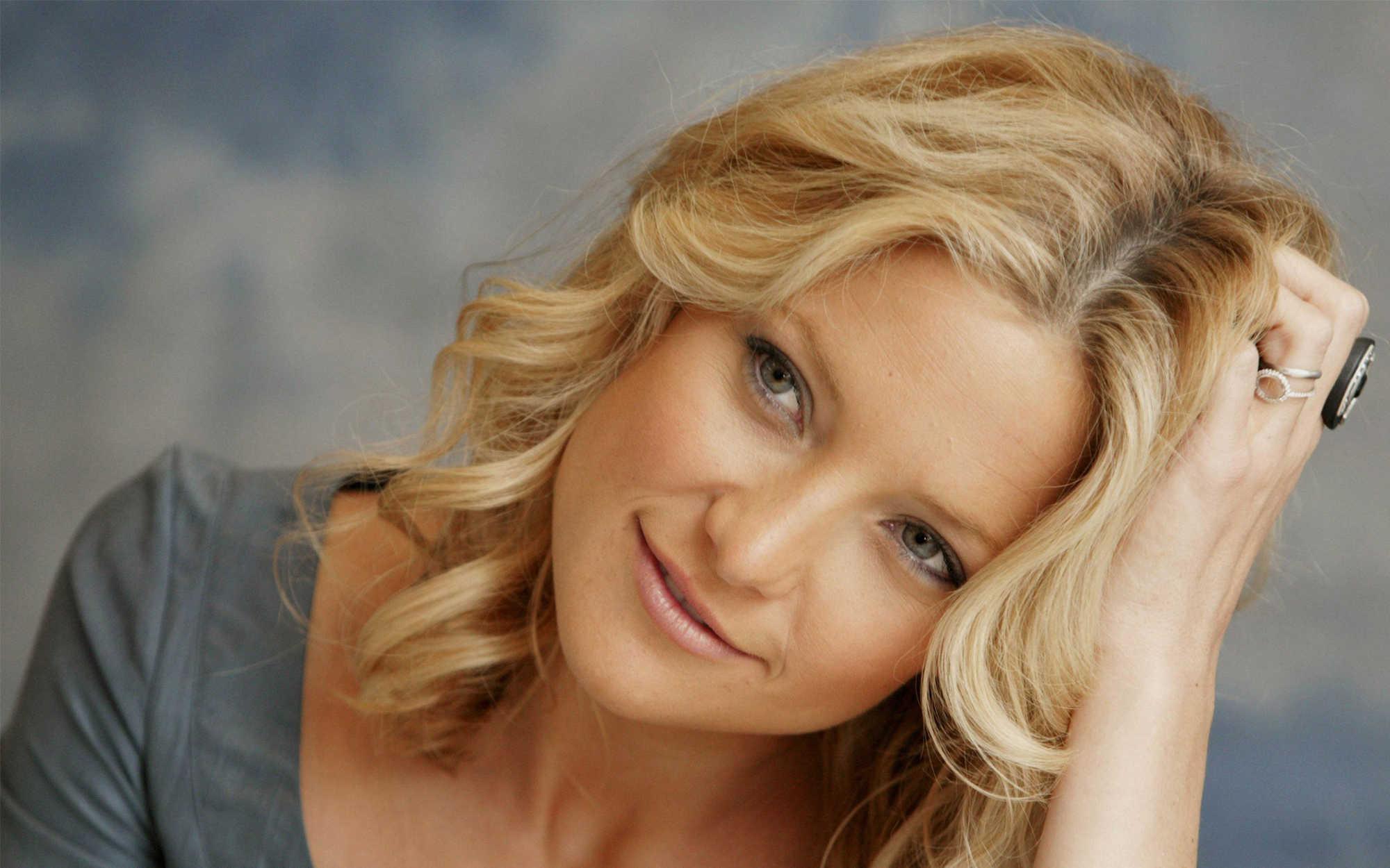Κέιτ Χάντσον: Καλοκαιρινές διακοπές στη Σκιάθο για την διάσημη ηθοποιό