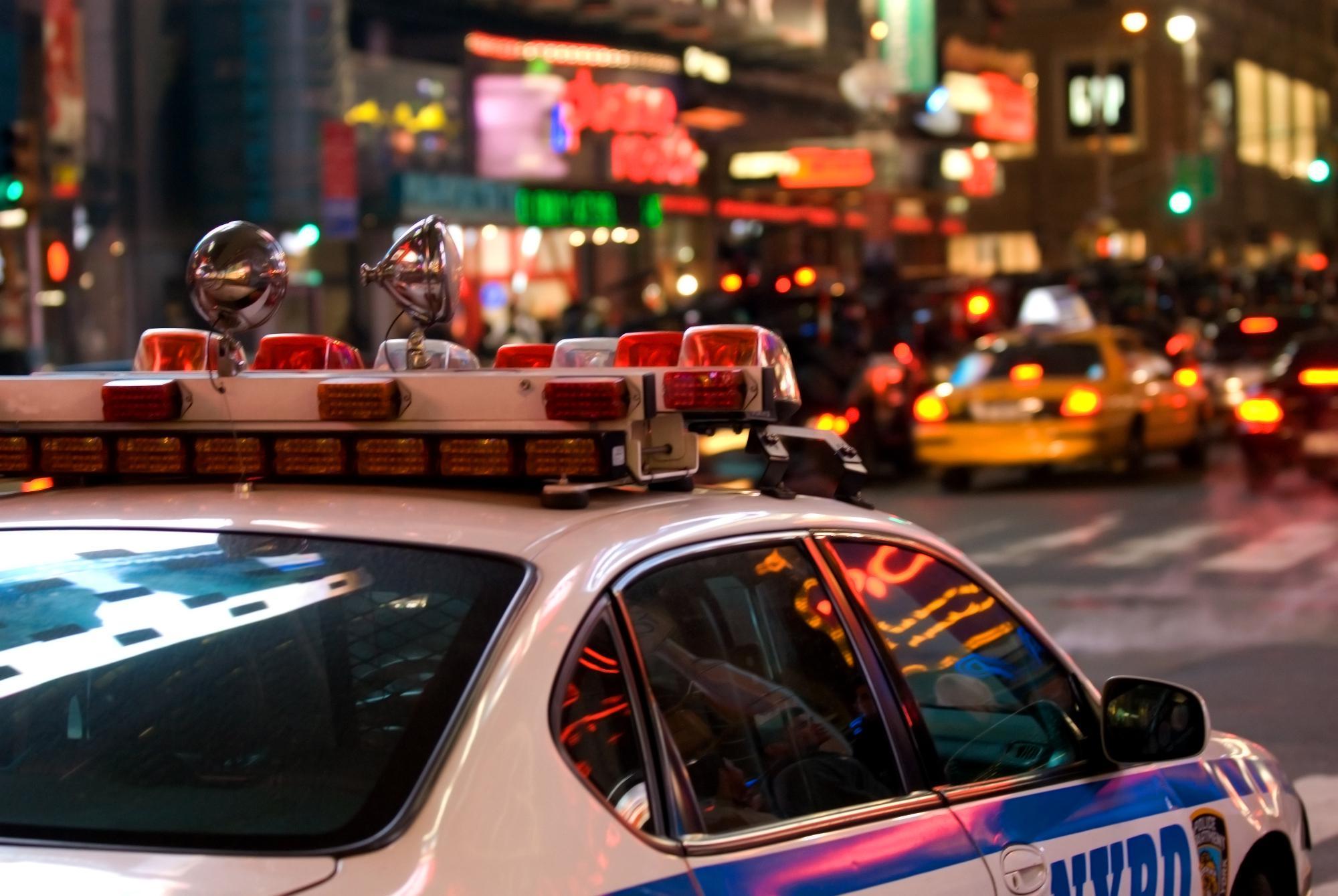 http://www.eleftherostypos.gr/wp-content/uploads/2016/09/police-new-york-usa-1300.jpg