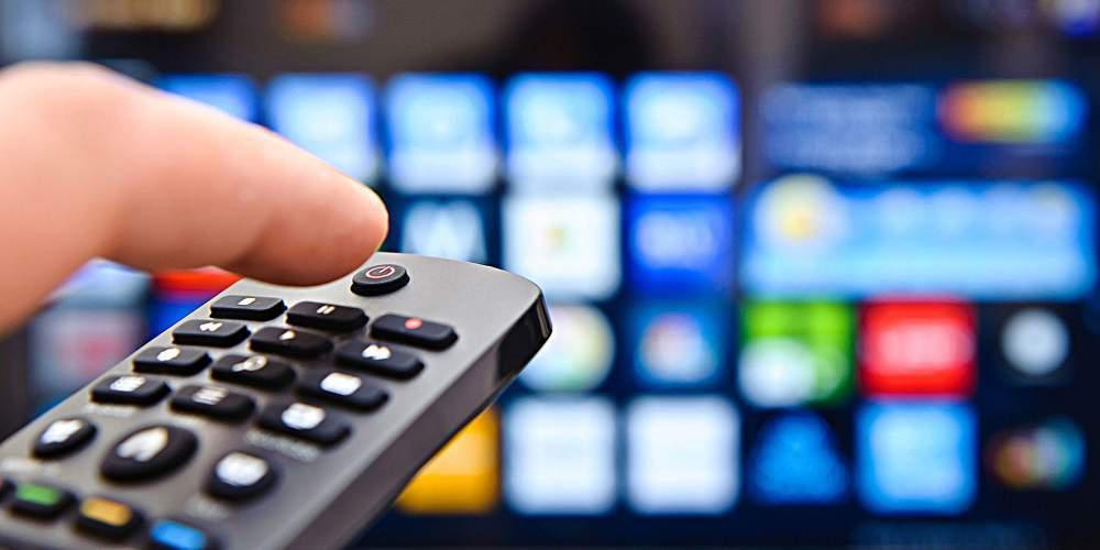 Αναστέλλεται για ένα χρόνο το τέλος συνδρομητικής τηλεόρασης