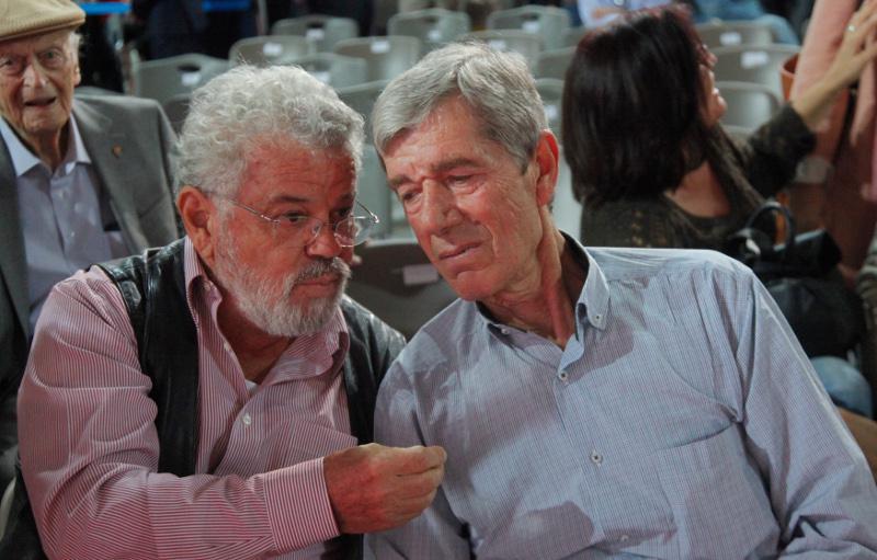 Ο πρώην γραμματέας οργανωτικού του πασοκ, αντώνης κοτσακάς πηγή: ολα τα πρώην στελέχη του πασοκ που βρέθηκαν στο συνέδριο του συριζα [εικόνες> | iefimerida.gr http://www.iefimerida.gr/news/294454/ola-ta-proin-stelehi-toy-pasok-poy-vrethikan-sto-synedrio-toy-syriza-eikones#ixzz4N2tJiUr3