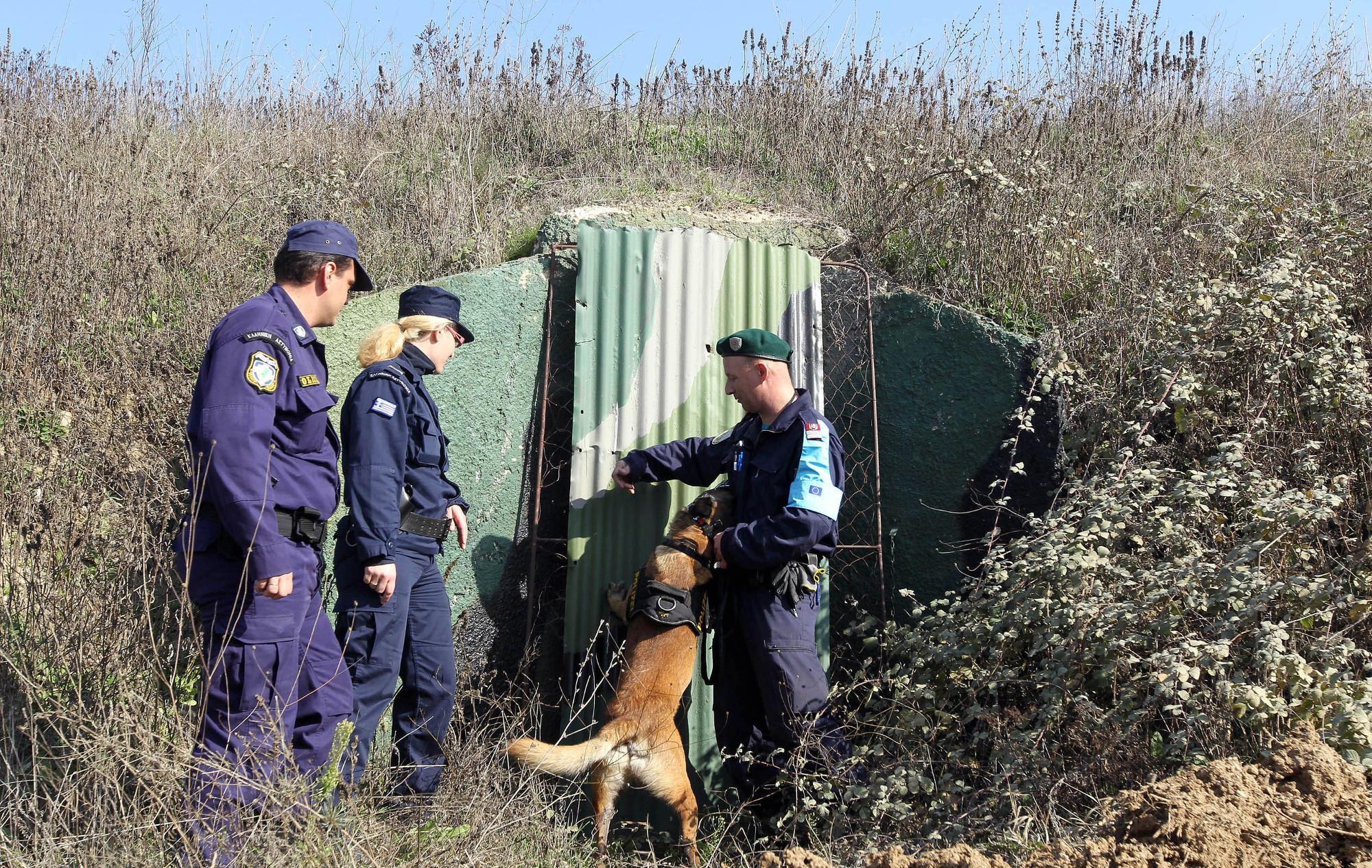 Καταγγελία σοκ για νέα ακραία πρόκληση των Τούρκων στον Έβρο: Πυροβόλησαν κατά περιπολικού της Frontex