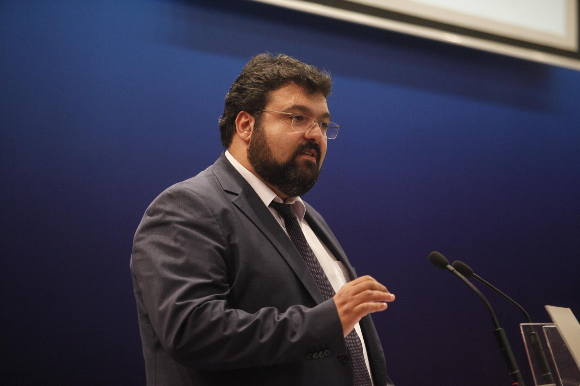 Βασιλειάδης στη Βουλή: Ταυτοποιήθηκαν ακόμη δύο άτομα για τα επεισόδια στο ΟΑΚΑ