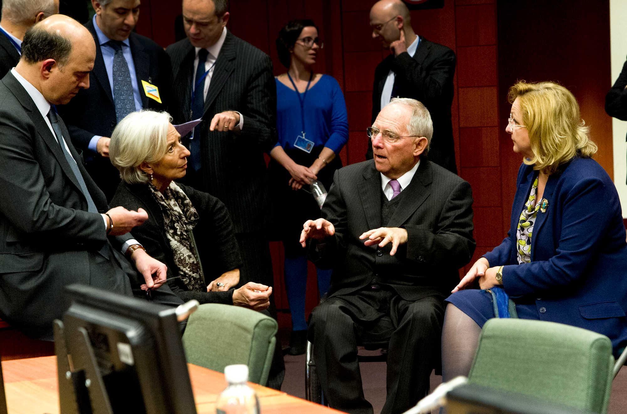 dnt-lagard-soimple-1300 Αξιολόγηση-θρίλερ με προληπτικά μέτρα και υποψία αδιεξόδου στο Eurogroup