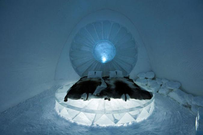 hot3-1 Αυτό είναι το πρώτο ξενοδοχείο στον κόσμο φτιαγμένο από πάγο [εικόνες & βίντεο]