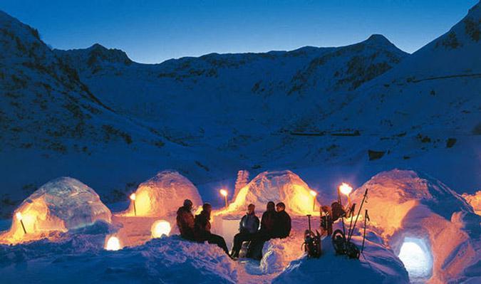 hot6-1 Αυτό είναι το πρώτο ξενοδοχείο στον κόσμο φτιαγμένο από πάγο [εικόνες & βίντεο]