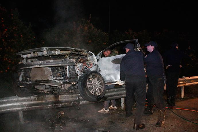 troxaio-kaike-24xroni-1300-2 Τραγωδία στην εθνική οδό Ναυπλίου–Κορίνθου - 24χρονη απανθρακώθηκε σε τροχαίο [εικόνες]