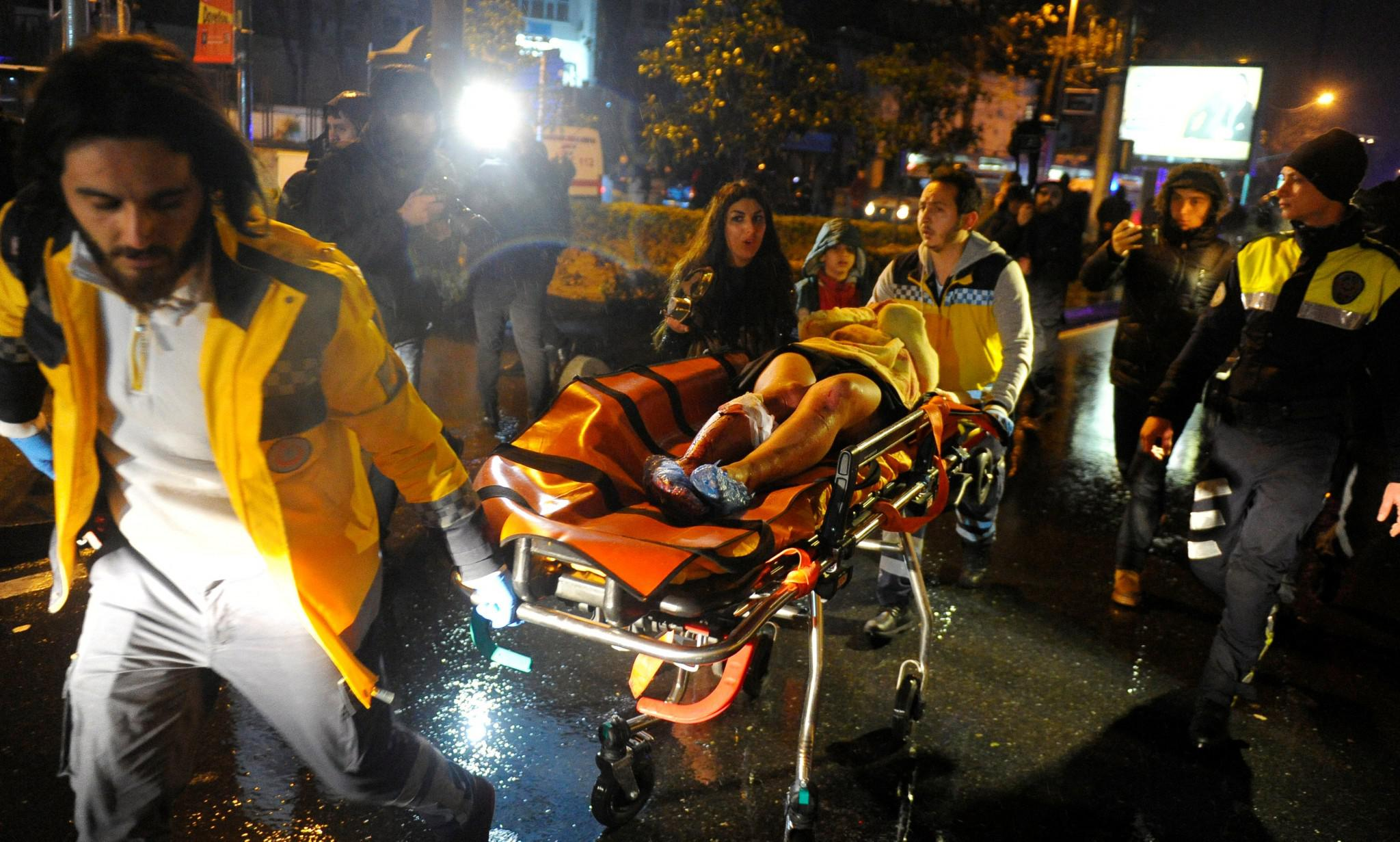 2017-01-01T003032Z_1011523111_RC1E6BD0FCF0_RTRMADP_3_TURKEY-ATTACK Δεκάδες νεκροί από επίθεση ενόπλων σε κλάμπ στην Κωνσταντινούπολη