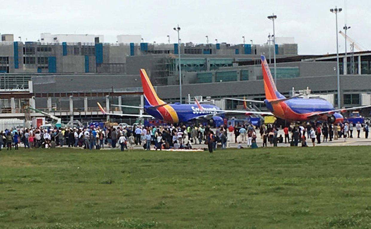 640x640 Πέντε νεκροί και οκτώ τραυματίες από τρομοκρατικό χτύπημα στο διεθνές αεροδρόμιο της Φλόριντα [εικόνες & βίντεο]