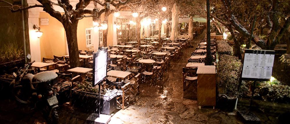 756af55e-2344-4161-8c0b-e6232961a65f Στα λευκά και παγωμένη ξύπνησε η Αττική: Κλειστά όλα τα σχολεία - Πού έχει διακοπεί η κυκλοφορία
