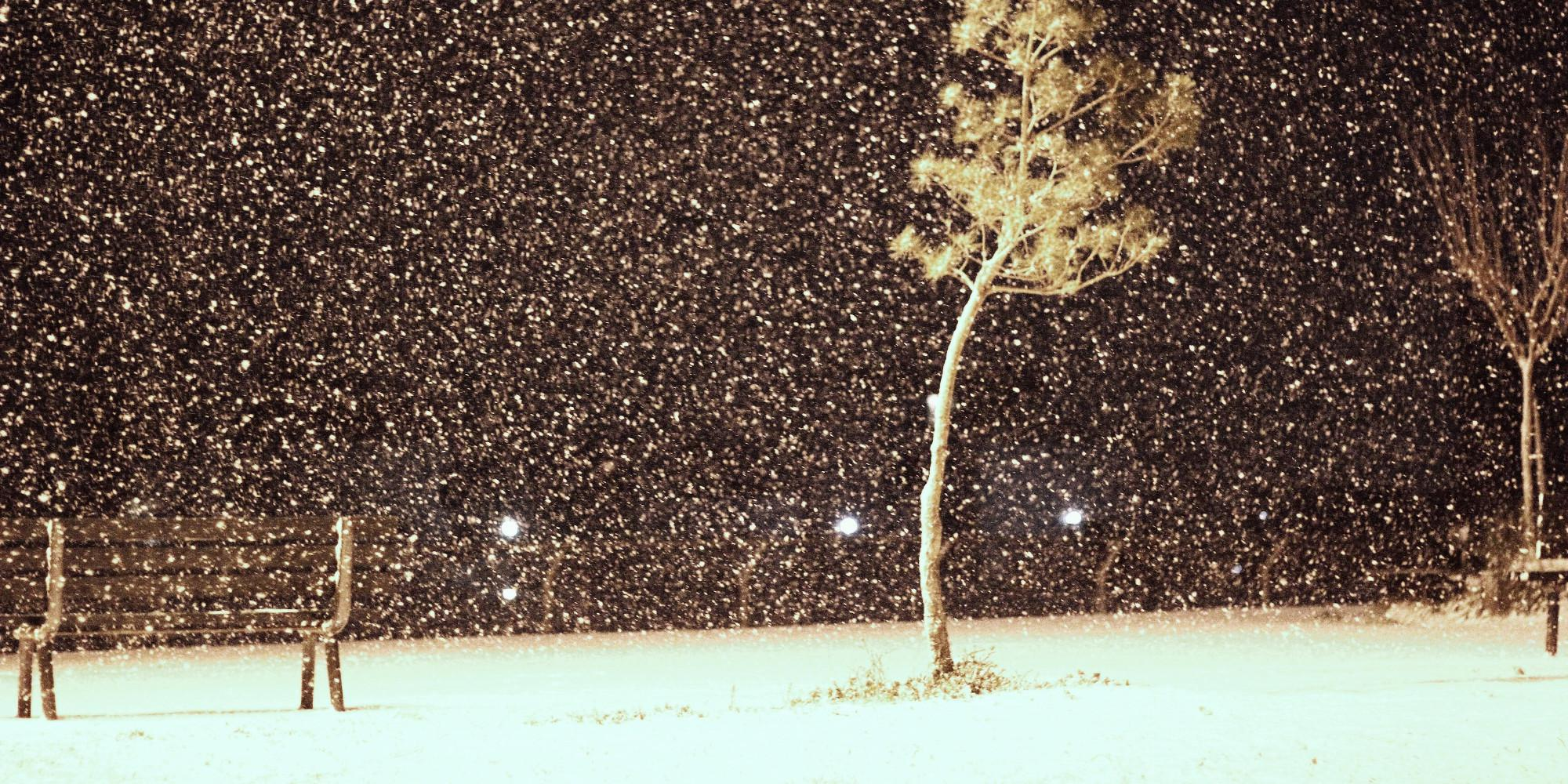 athina-xionia-1000 Στα «λευκά» ντύθηκε η Αθήνα – Συνεχίζεται και την Τρίτη η σφοδρή κακοκαιρία [εικόνες]