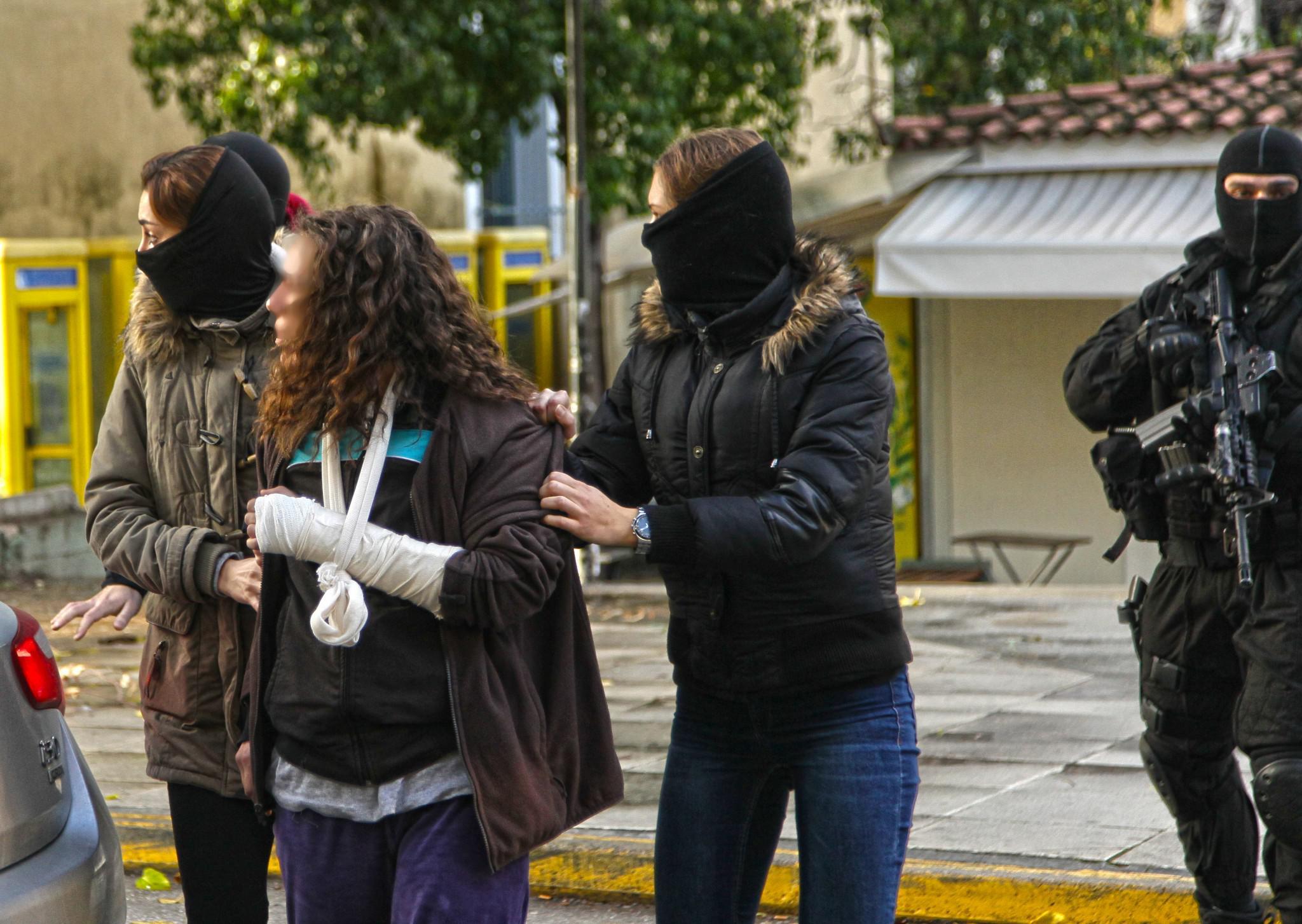eisaggelia2-500 Προφυλακιστέες Ρούπα και 25χρονη - Κατηγορούνται για νέα τρομοκρατική οργάνωση