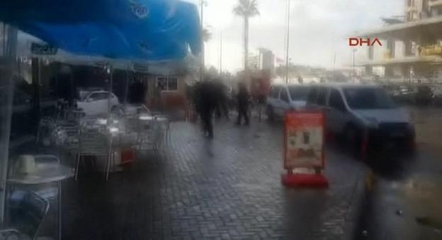 ekrixi4-500 Βίντεο-σοκ από την ισχυρή έκρηξη στη Σμύρνη - Δύο νεκροί και δέκα τραυματίες [εικόνες]