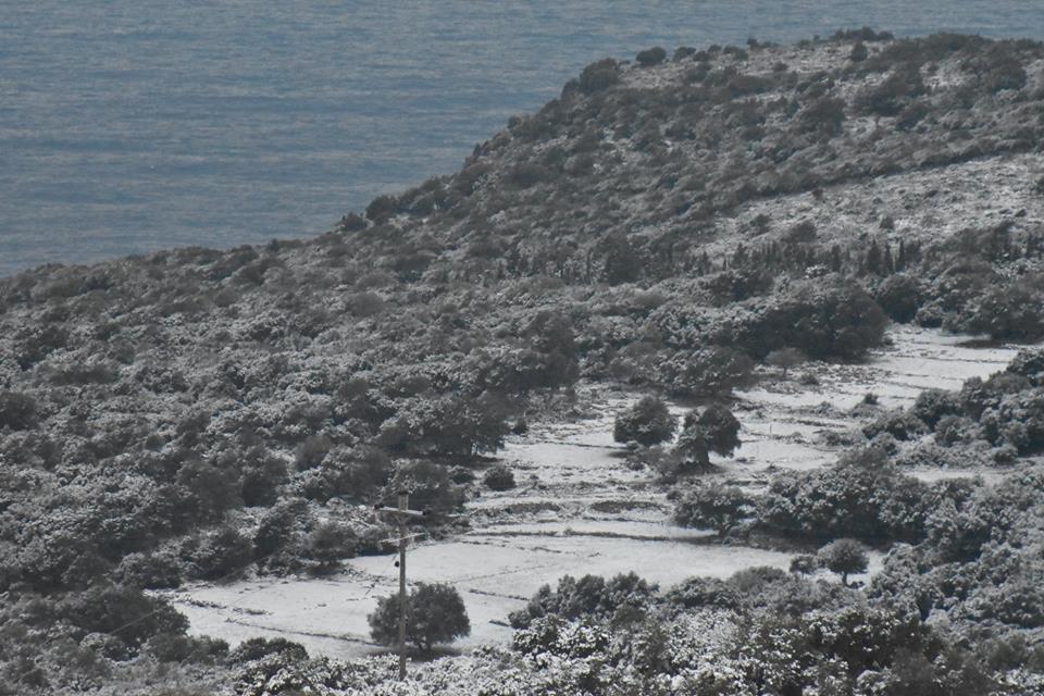 erisos-5 Ανυποχώρητος ο χιονιάς - Τρεις νεκροί και τεράστια προβλήματα σε όλη τη χώρα [εικόνες]