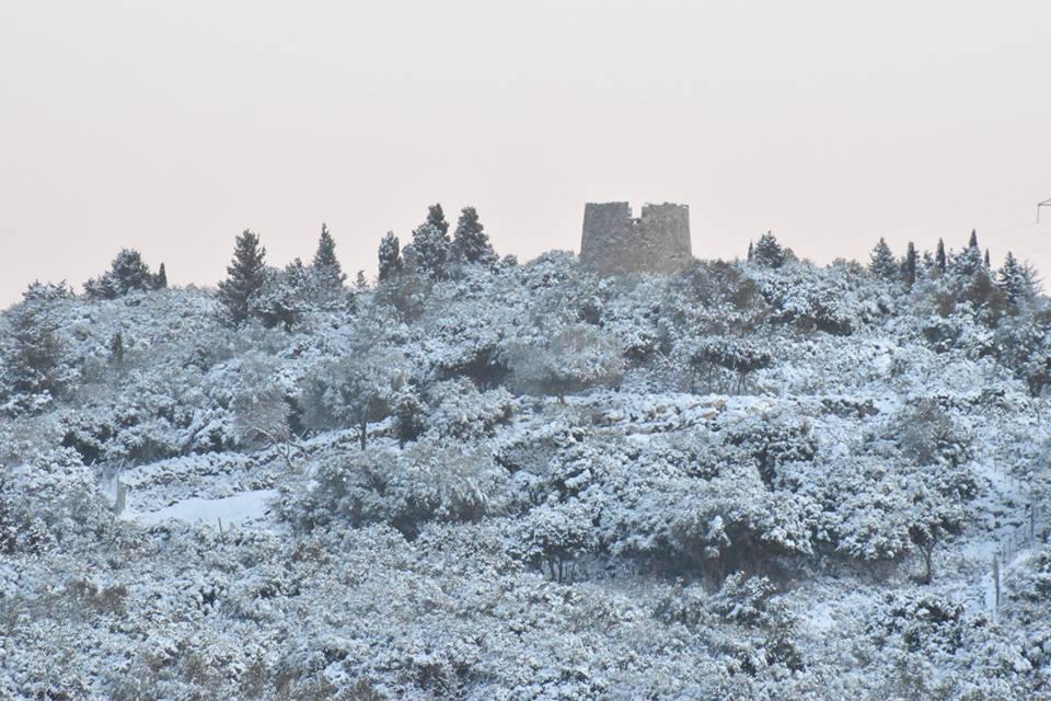 erisos-7 Ανυποχώρητος ο χιονιάς - Τρεις νεκροί και τεράστια προβλήματα σε όλη τη χώρα [εικόνες]