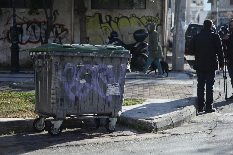 kados1-500 Βρέθηκε πτώμα σε κάδο απορριμμάτων στη Δάφνη [εικόνες]