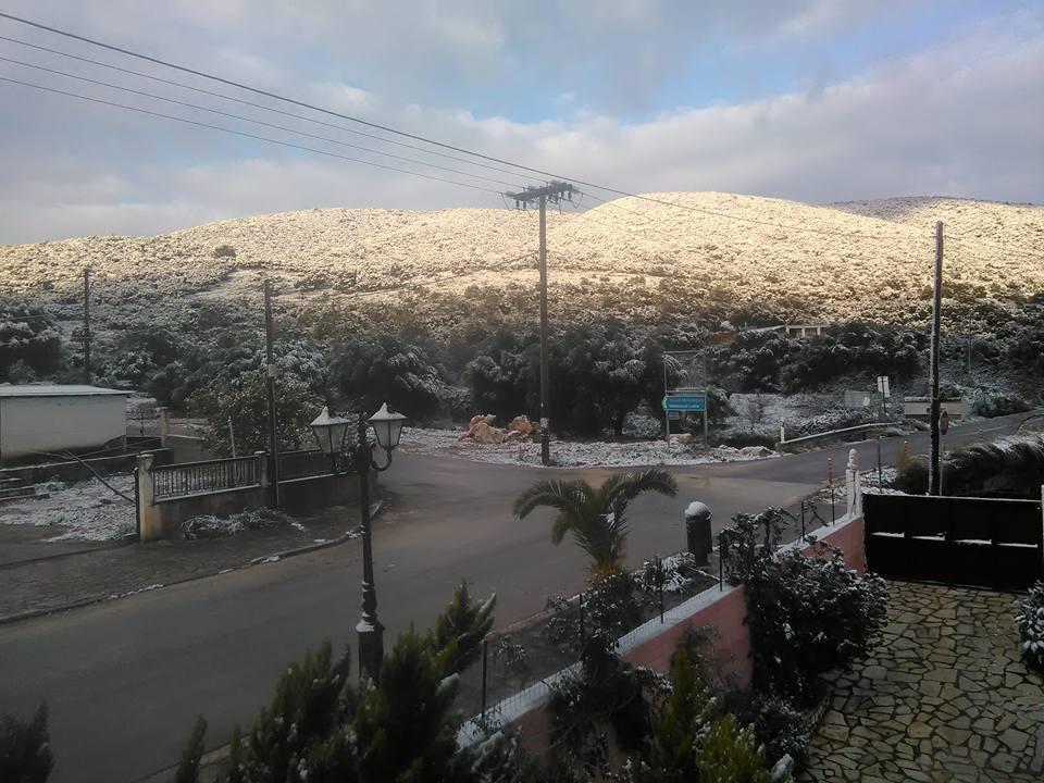 karavomulos Ανυποχώρητος ο χιονιάς - Τρεις νεκροί και τεράστια προβλήματα σε όλη τη χώρα [εικόνες]