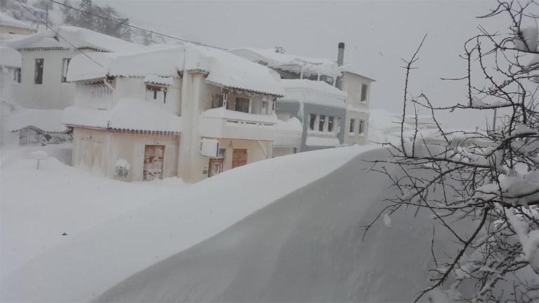 kimixionia-2 Τραγική κατάσταση στην Αλόννησο  – Πολλά προβλήματα σε όλη την Ελλάδα από τον χιονιά