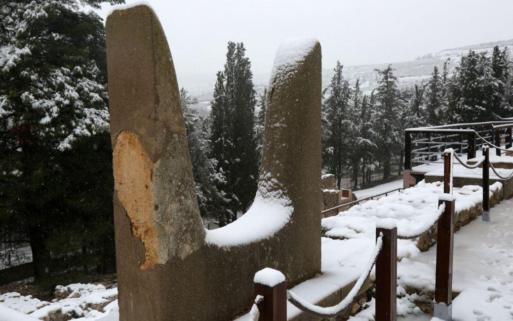 knososxionia2 Ανυποχώρητος ο χιονιάς - Τρεις νεκροί και τεράστια προβλήματα σε όλη τη χώρα [εικόνες]
