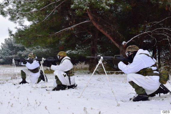 komantos3 Οι Έλληνες καταδρομείς δεν «καταλαβαίνουν» από χιόνια και πολικές θερμοκρασίες [εικόνες]