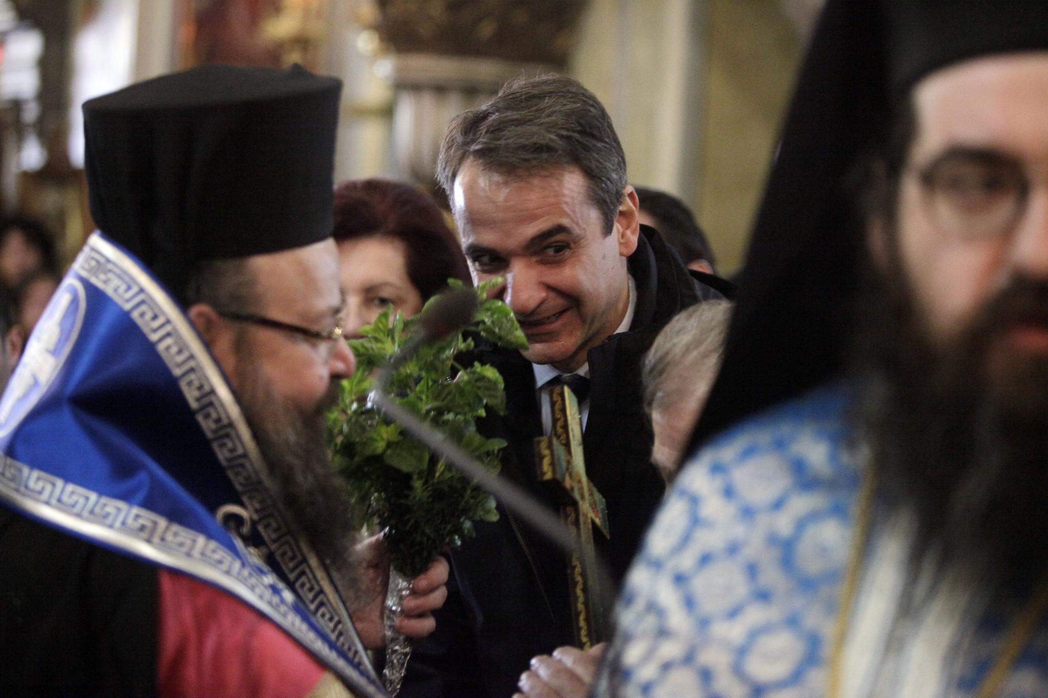 mitsotakis3-500 Μητσοτάκης: Είναι άμεση η ανάγκη για ενότητα [εικόνες]