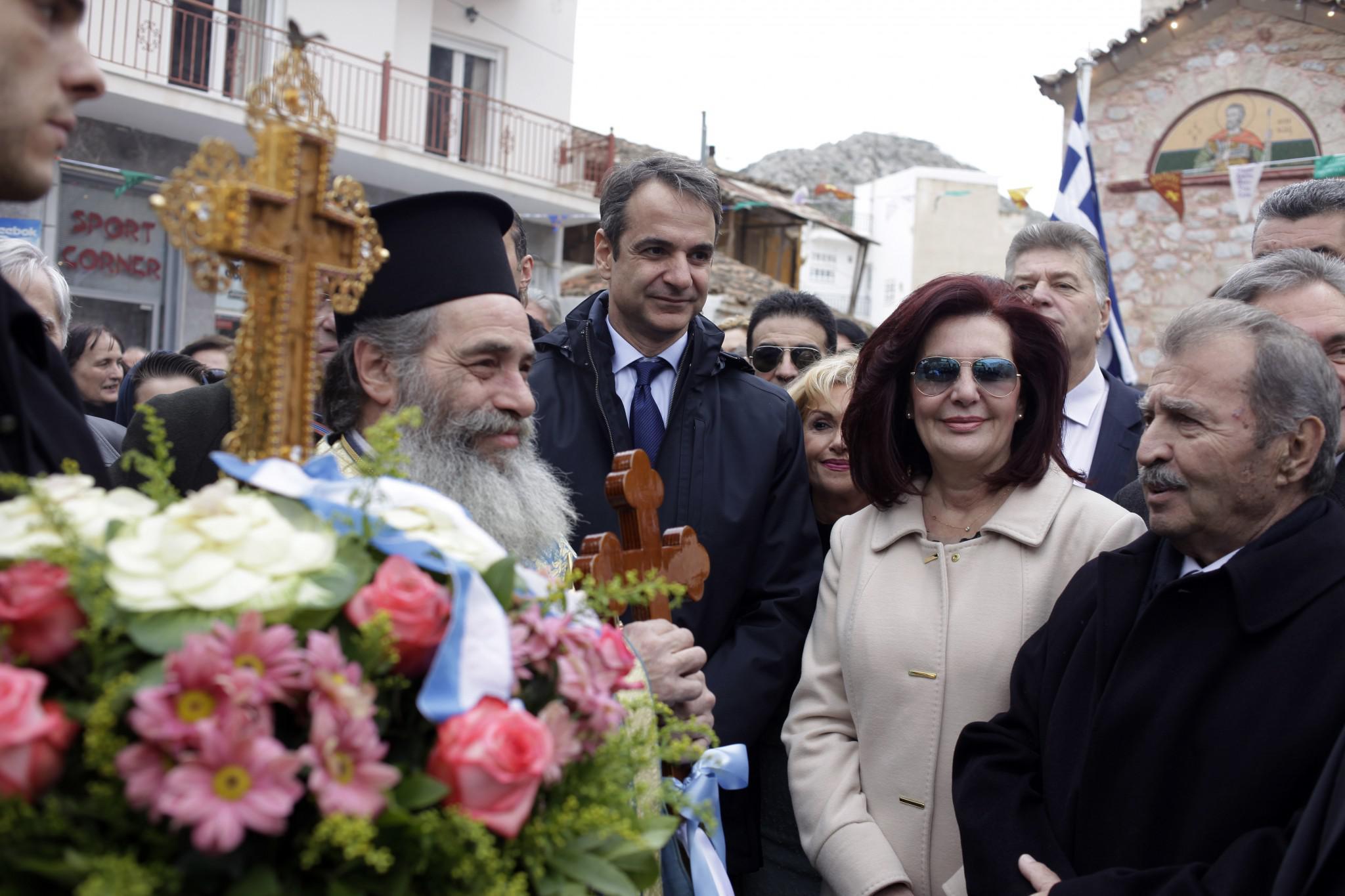 mitsotakis7-500 Μητσοτάκης: Είναι άμεση η ανάγκη για ενότητα [εικόνες]