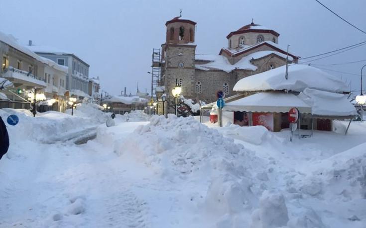 mpakogiannis-kumi-1300-2 Μπακογιάννης: Είχαμε πραγματικά μια βόμβα χιονιού [εικόνες]