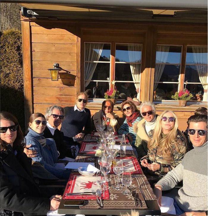 psinakis6 Η πρωτοχρονιά του Ψινάκη στο Γκστάαντ με Βαλεντίνο και  Μαντόνα [εικόνες]