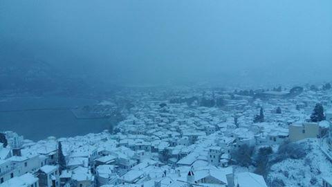 skopelos-xioni-miso-metro-1 Μισό μέτρο χιόνι σε Αλόννησο και Σκόπελο [εικόνες]