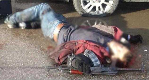 smurni1-500 Ισχυρή έκρηξη στη Σμύρνη - Δύο νεκροί και 10 τραυματίες [εικόνες & βίντεο]