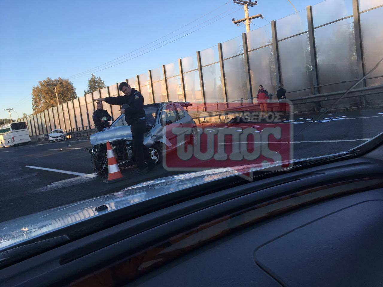 t5roxaio-ethinik-odos-traumaties-1300-6 Ατύχημα με τραυματία στην εθνική οδό: Μποτιλιάρισμα με ουρές χιλιομέτρων [εικόνες]