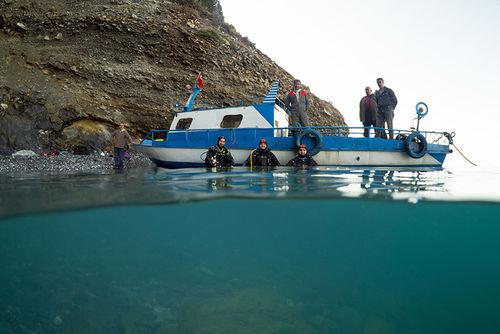 tourkia-navagio-1300 Τσαρικό ναυάγιο βρέθηκε στη λίμνη Βαν της Τουρκίας [εικόνες & βίντεο]