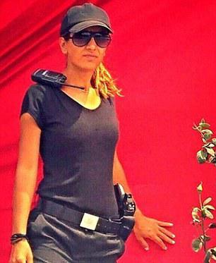 turkguard1 Αυτή η κοπέλα ήταν το πρώτο θύμα του μακελάρη της Κωνσταντινούπολης [εικόνες]