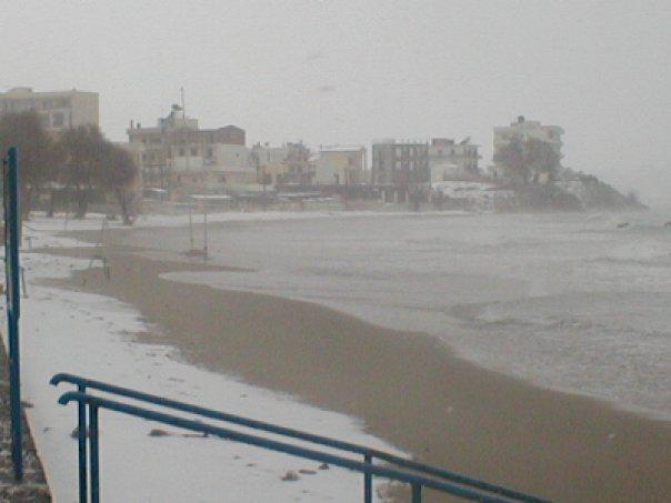 xania-xionia2 Τραγική κατάσταση στην Αλόννησο  – Πολλά προβλήματα σε όλη την Ελλάδα από τον χιονιά