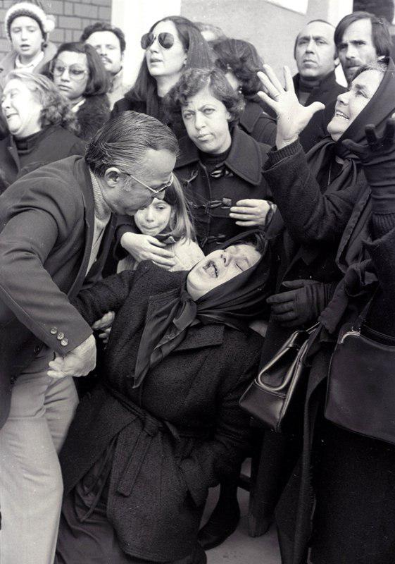 15_73 Θύρα 7: 36 χρόνια μετά την τραγωδία, το έγκλημα μένει ατιμώρητο [εικόνες & βίντεο]