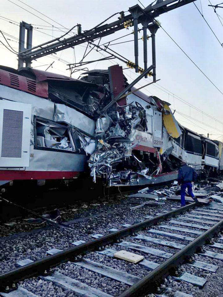 2017-02-14T120631Z_1578822685_RC1E7C22A0F0_RTRMADP_3_LUXEMBOURG-TRAIN-CRASH Ένας νεκρός και 6 τραυματίες από σύγκρουση τρένων στο Λουξεμβούργο [εικόνες]