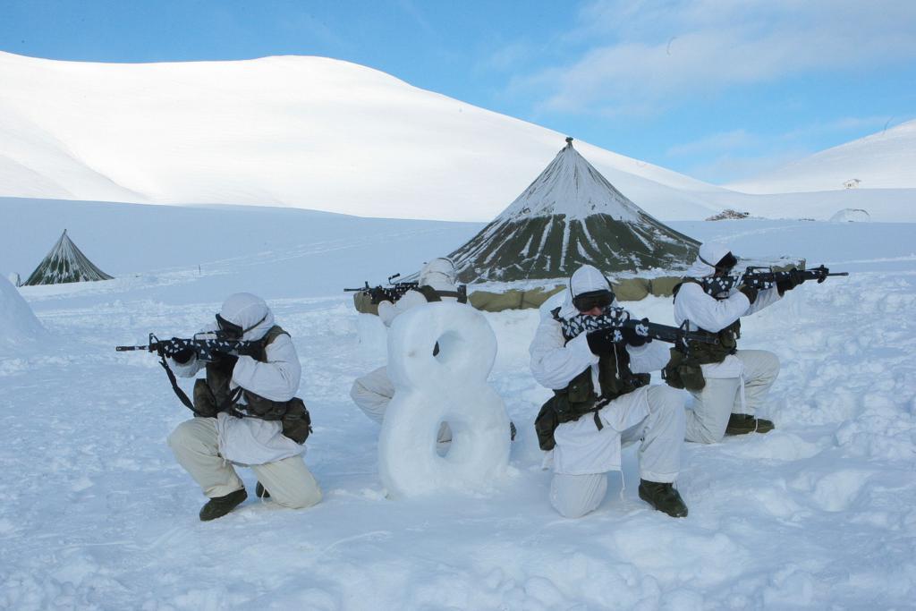 4_348 Ετσι εκπαιδεύονται οι Ελληνες καταδρομείς στα χιόνια [εικόνες]