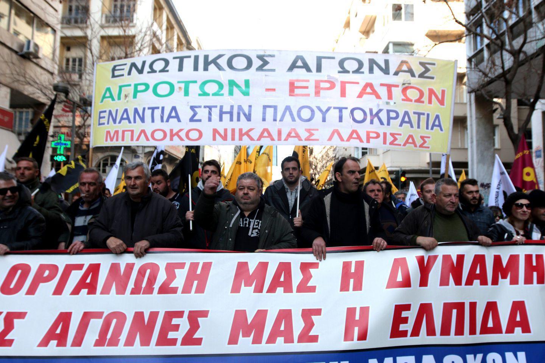 agrotes2-500 Ολοκληρώθηκε το παναγροτικό συλλαλητήριο [εικόνες]