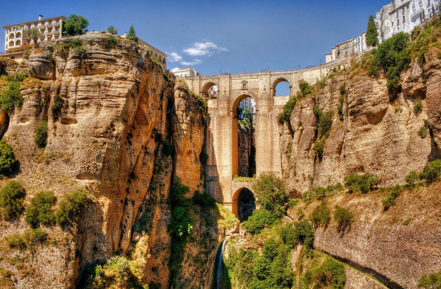 andalusia2 Μέρη που αξίζει να επισκεφτείς μέσα στο 2017 (μέρος β')