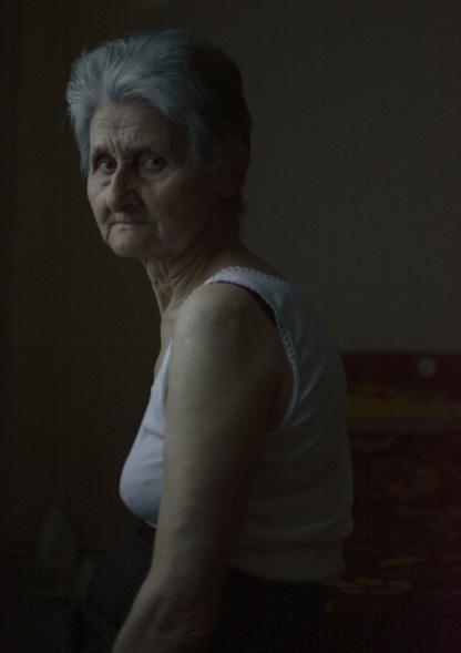 giagia-vogue1-13.2.2017 Η 74χρονη γιαγιά από την Πέλλα που πόζαρε για την Vogue και έγινε viral