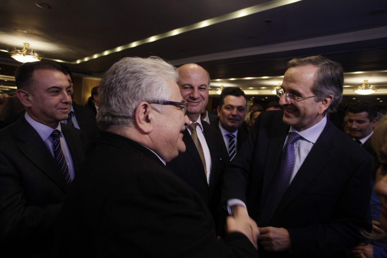 kopi-pitas-adoni-samaras Κοπή πίτας του πολιτικού γραφείου του Άδωνι Γεωργιάδη – Το «παρών» έδωσε και ο Αντώνη Σαμαράς [εικόνες]