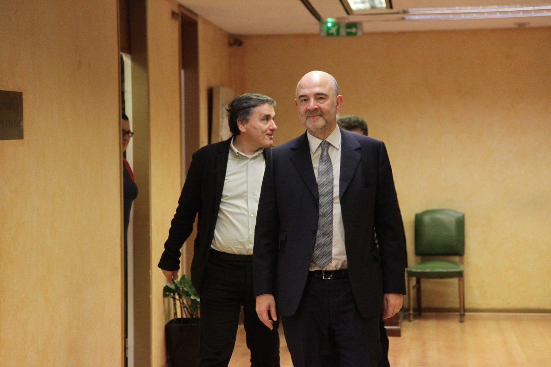 moskovisi-tsakalotos-1300-1 Μοσκοβισί: Θέλουμε την Ελλάδα δυνατή, στην καρδιά της Ευρωζώνης