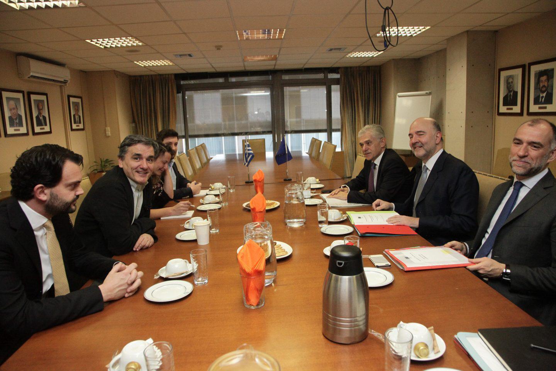 moskovisi-tsakalotos-1300-2 Μοσκοβισί: Θέλουμε την Ελλάδα δυνατή, στην καρδιά της Ευρωζώνης