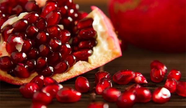 rodi_katharisma_madata_583070459-1 Ποια cranberries; Ιδού τα ελληνικά superfoods που πρέπει να τρως